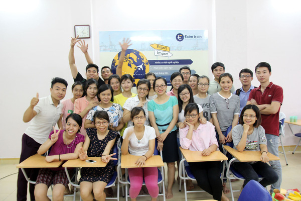 Lớp học xuất nhập khẩu eximtrain